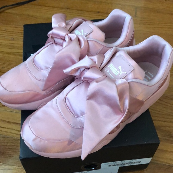 Puma pink bow sneakers 7.5 82fa5d5253